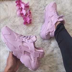 NWT🌸 Rare Nike Huarache Run Pink Corduroy 7Y/8.5W